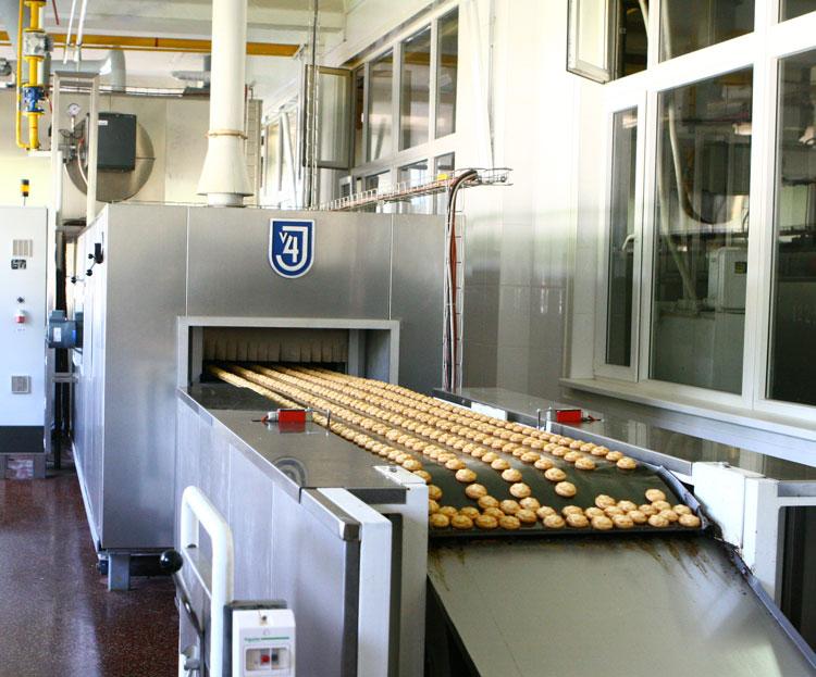 в производстве пирожного